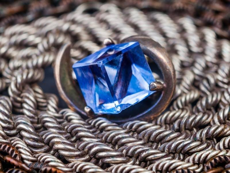 Care for Your Cubic Zirconia Jewelry as You Wear It