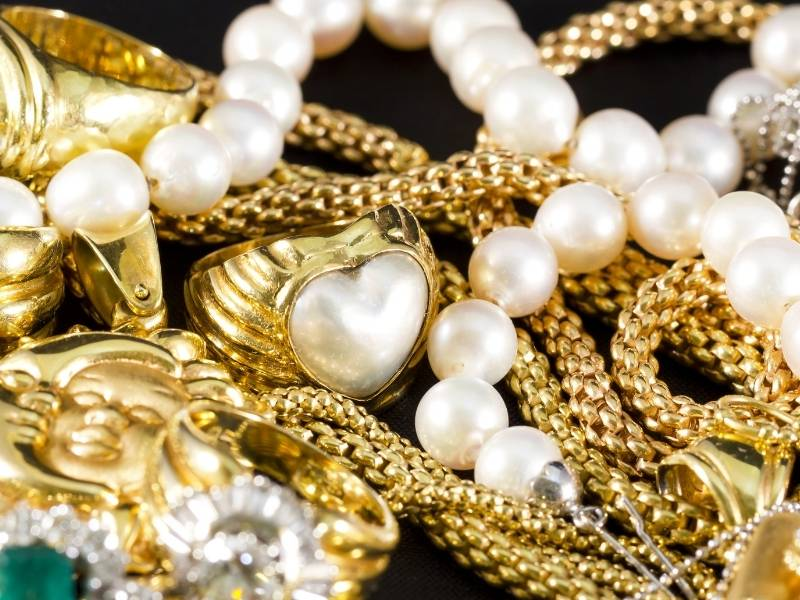 Difference Between Gold, Gold Plated and Gold Filled Jewelry