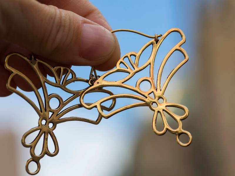 FAQs about brass jewelry