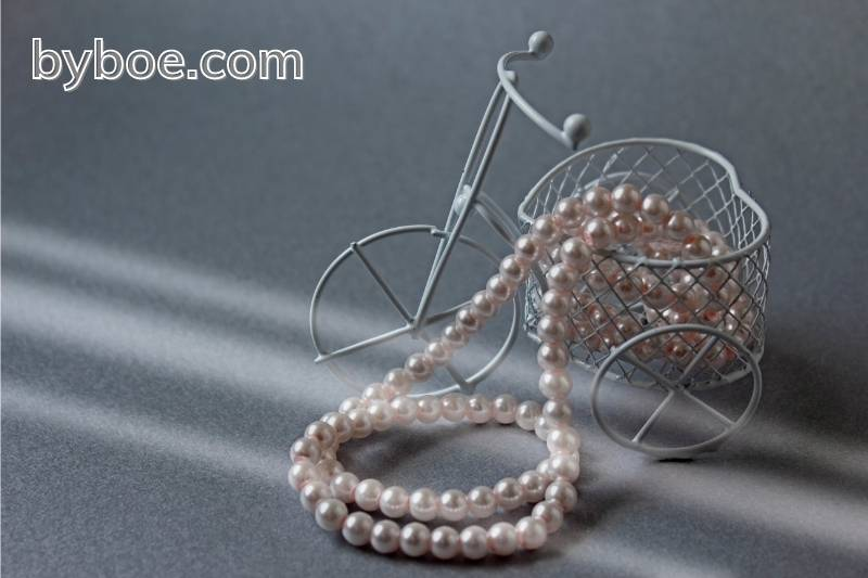 Cleaning a Pearl Necklace